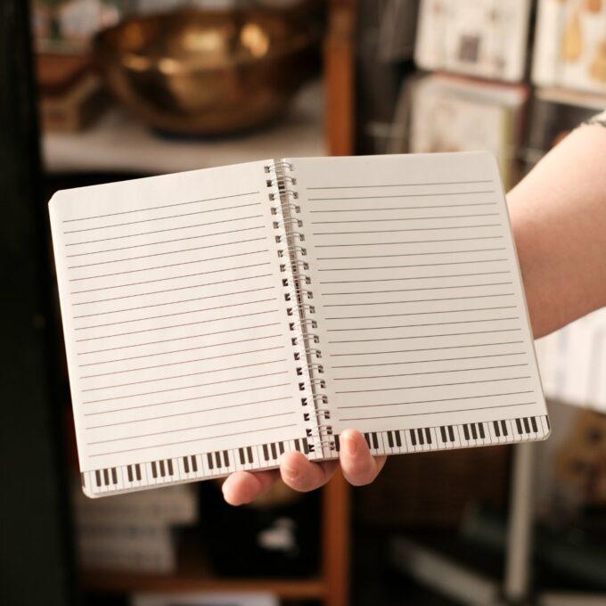 Notizbuch Musik Tastatur Design 2