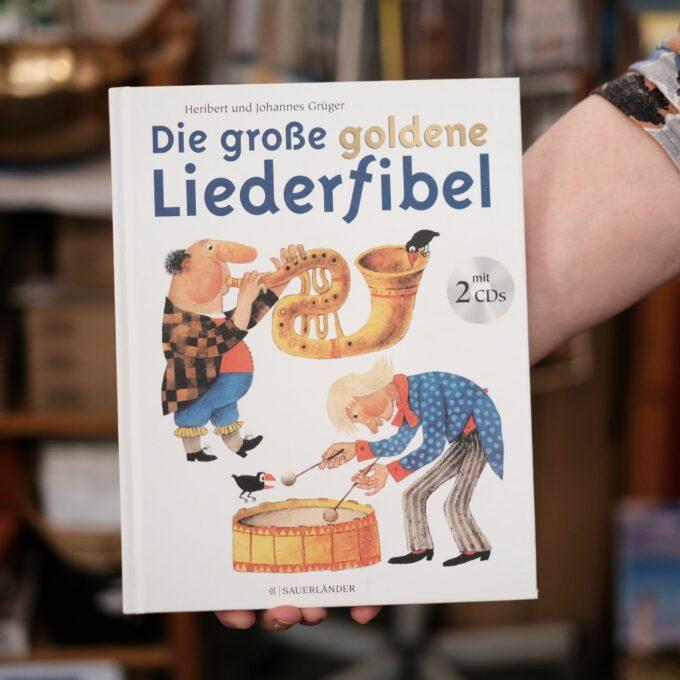 Liederschatz Kinderliederbuch mit 2 CDs